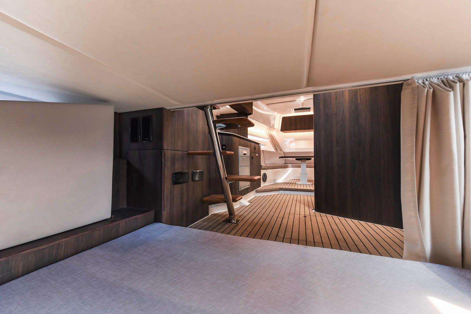 Oryx 379 Cabin