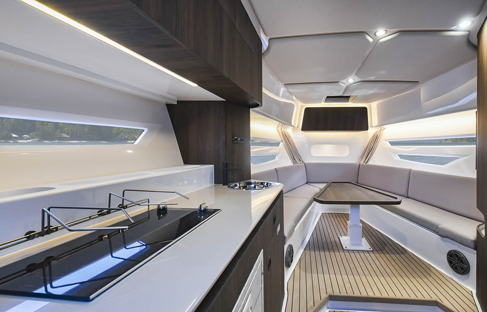 Oryx 379 galley